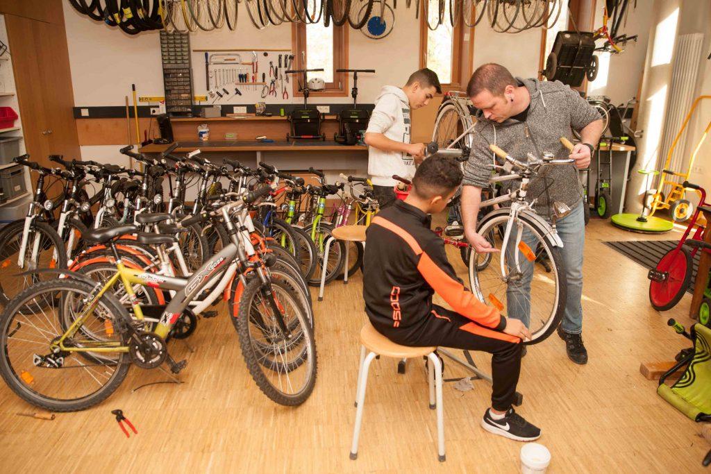 Fahrradwerkstatt in der Albert Schweitzer Schule 3